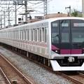 Photos: 東京メトロ半蔵門線08系 08-102F