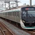 Photos: 田園都市線2020系 2122F