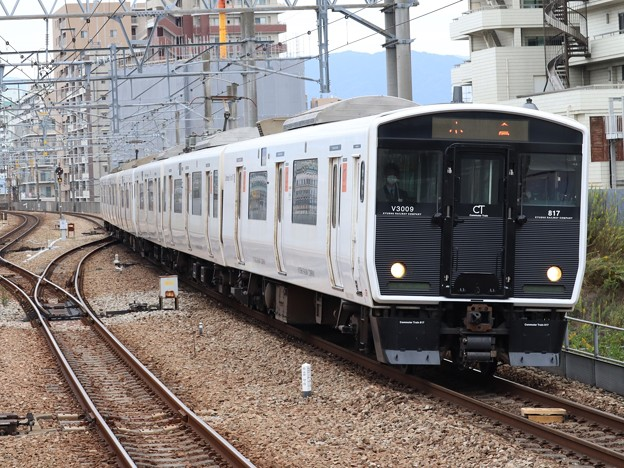 鹿児島線817系3000番台 V3009+V3010編成