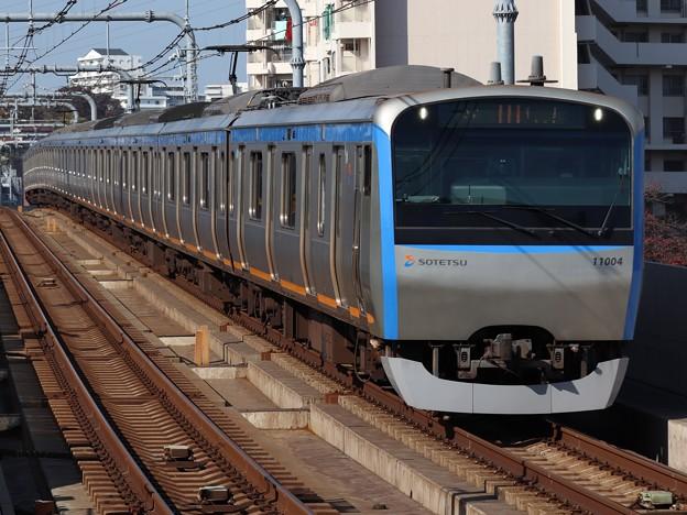 相鉄線11000系 11004F