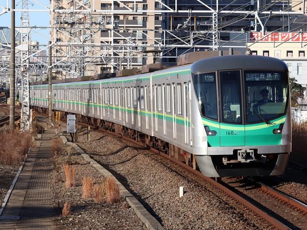東京メトロ千代田線16000系 16135F