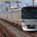 Photos: 東京メトロ日比谷線13000系 13124F