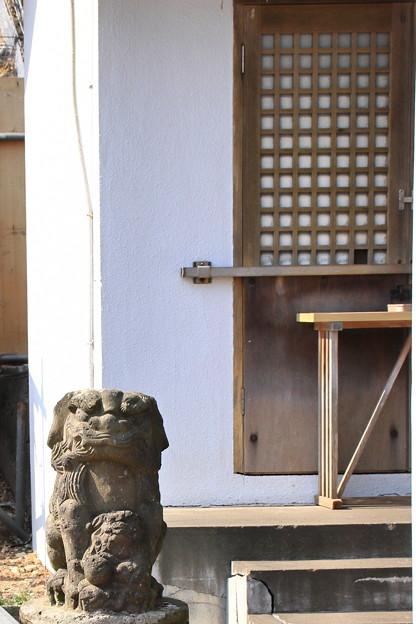 子持ちの狛犬(旧)