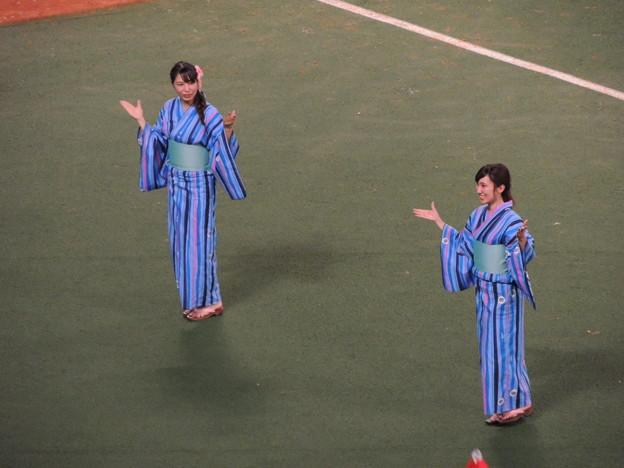 写真: 井上さんと中村さん。