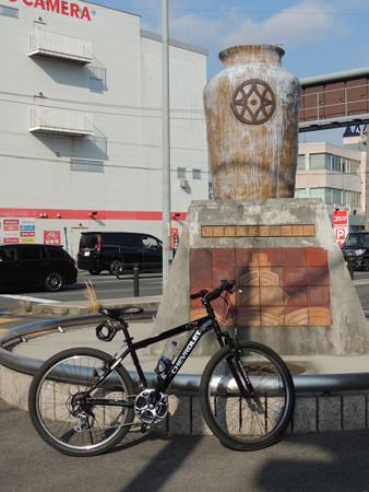 【余談】 自転車で四日市駅のあたりまで行くと休憩入れて1時間半ぐらいかな。
