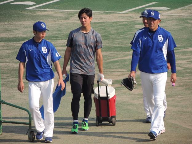 門倉コーチもいるし。