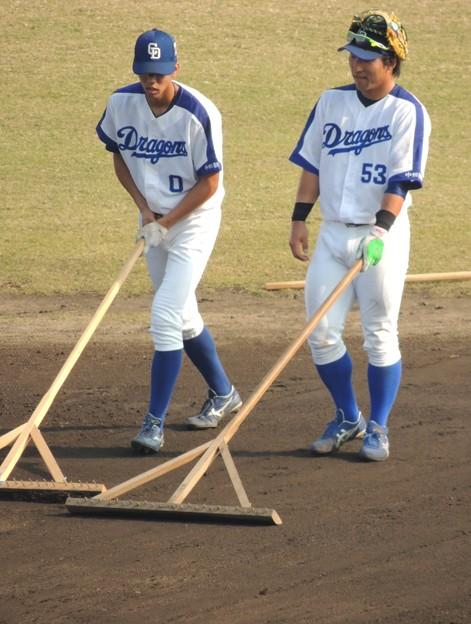 写真: 高松くんと亀澤選手。