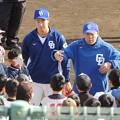 三ツ間選手と小田幸平さん。
