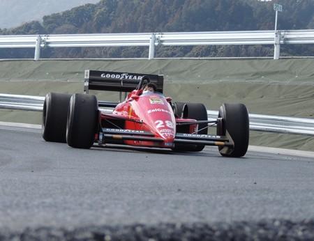 フェラーリF187。
