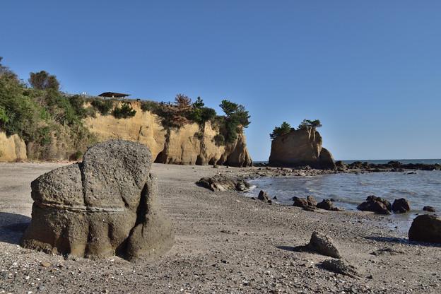 本山岬とくぐり岩
