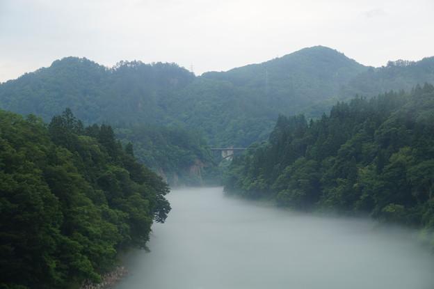 只見川の川霧 5