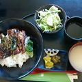レストハウス梓「鶏照り焼き丼」900円