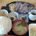 Photos: 定食の店 牛太郎「カットステーキ定食」850円