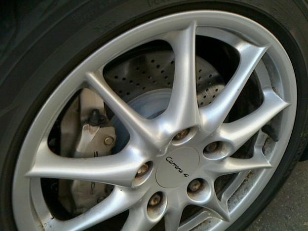 ポルシェ(996後期型)911カレラ4ブレーキパッドとディスクローター全交換☆