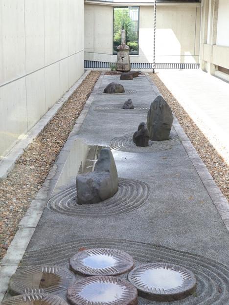承天閣美術館・中庭
