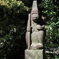 猿丸神社・猿の石像1