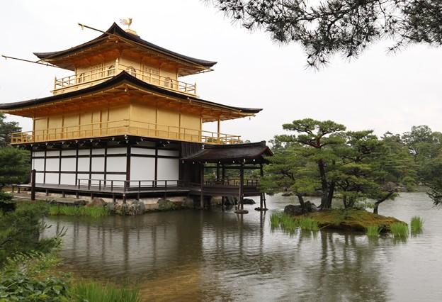 金閣寺・舎利殿(漱清)