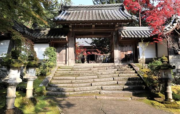 西明寺・表門1