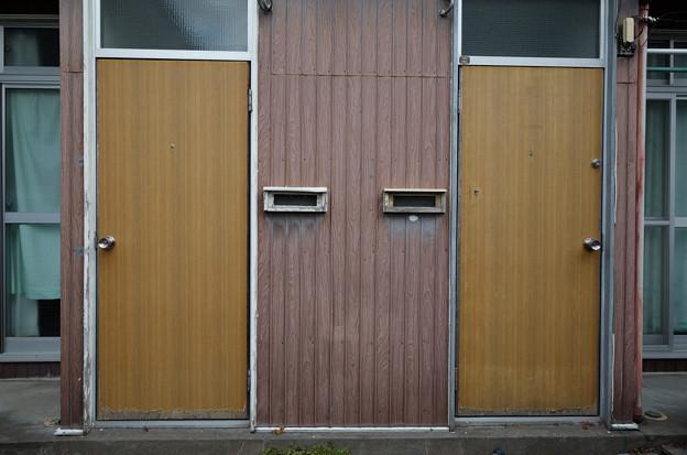 右ドア左ドア