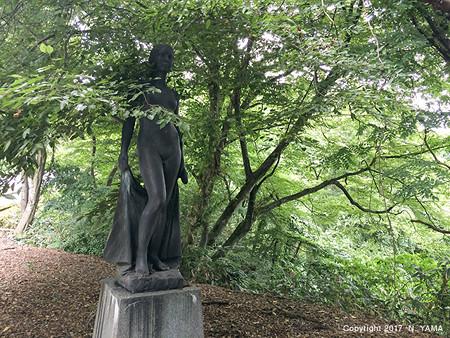 宮島峡ヴィーナス像巡り6 湖汐の像
