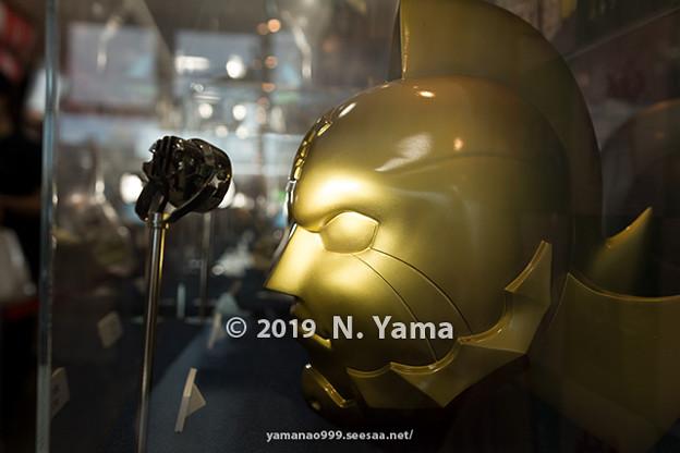 金のマスク