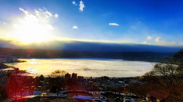 Photos: 白い諏訪湖