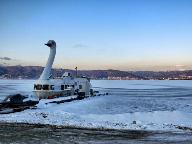 諏訪湖の早朝