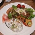 写真: 温泉宿夕食バイキング最初の一皿