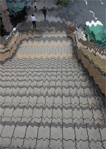 歪んだ階段