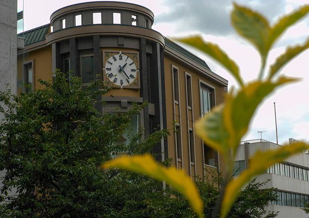 時計のある風景