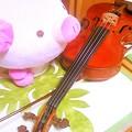 Photos: 誰のバイオリン?