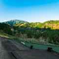 Photos: 愛鷹山へ続く道