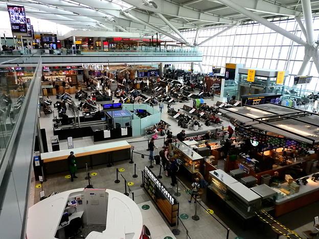 Photos: ロンドン・ヒースロー空港 1)