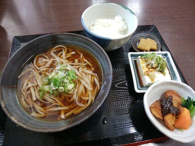 写真: かけ蕎麦定食