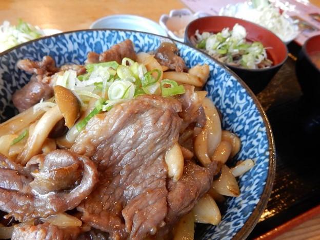 写真: ジンギス丼