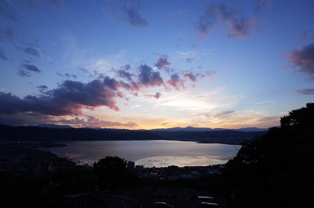初秋・諏訪湖に沈む夕陽と夕景6@長野県諏訪市 立石公園(2018