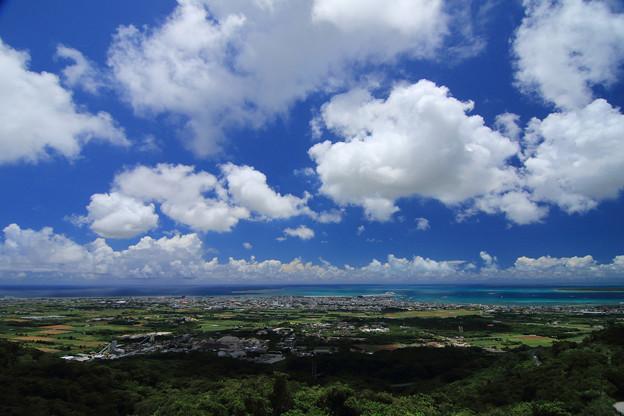 エメラルドの海を見る展望台(2019/07/30 石垣島)
