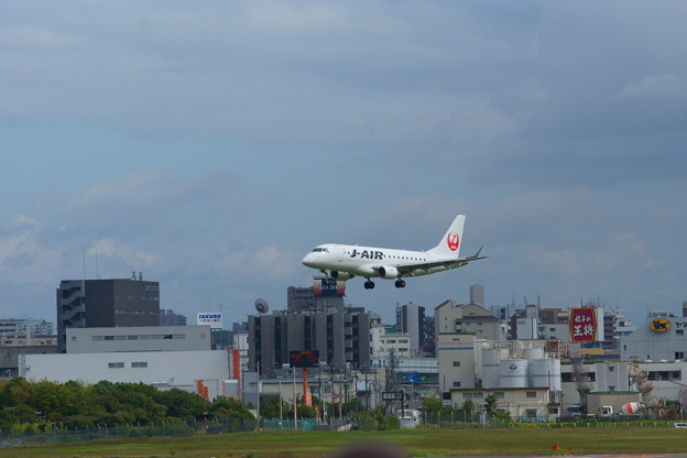 J-AIR エンブラエル170