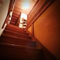 写真: 二階への道