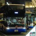熱帯夜の東京駅八重洲口