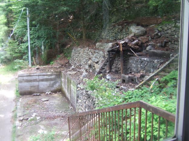 奥にあった廃屋は撤去されていました