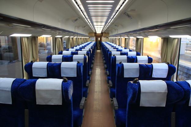 南海電鉄 サザン プレミアム 車内