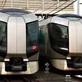Photos: 1129列車と1140列車