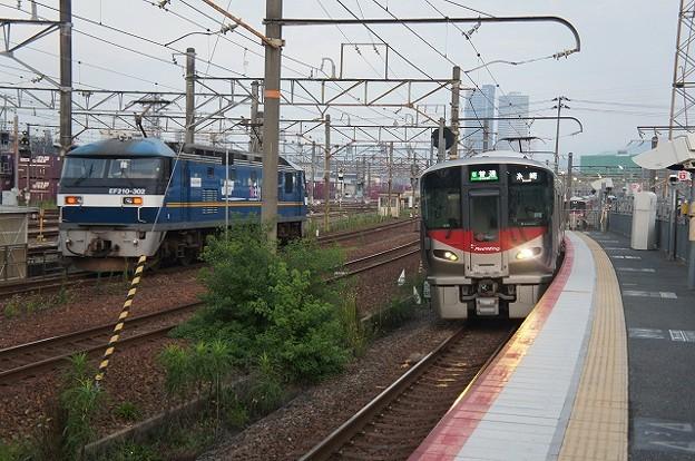 EF210、227系