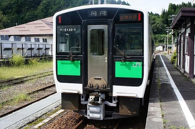 Photos: キハE120形