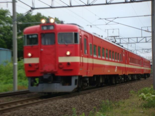 Photos: 711系