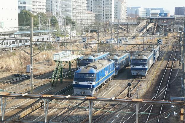 EF210、EF210-140、EF210-142など