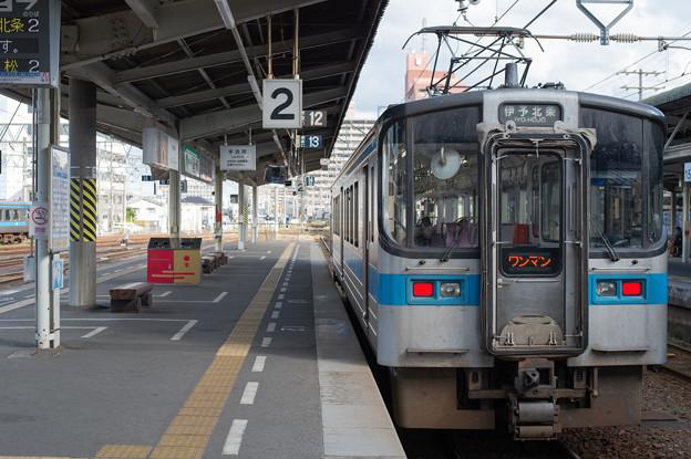 Photos: 003662_20191015_JR松山