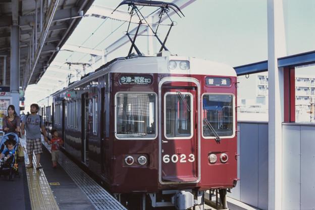 000717_20140928_阪急電鉄_今津