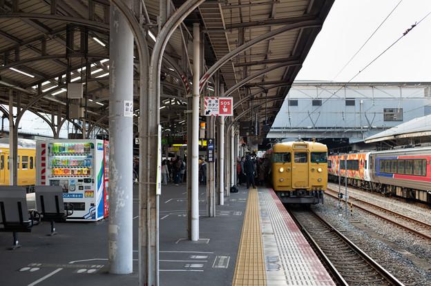 003697_20191214_JR岡山